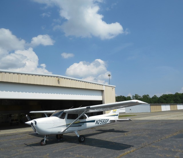 Cessna 172 - our chariot awaits